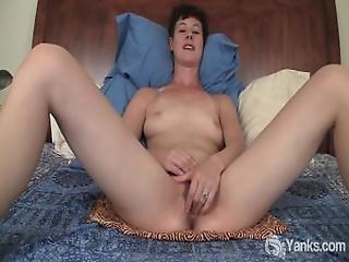 Pupp, Brystet, Klitt, Fingering, Hårete, Onanering, Milf, Naturlig, Orgasme, Gnukking, Kort Hår, Snappe, Solo
