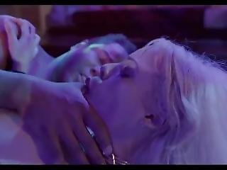 Luna Star Has Sex With Strangers