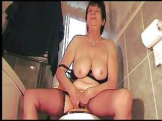 Dirty Talking Northern Mother On The Toilet