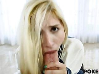 Teen Piper Perri Gets Her Pussy Stretched