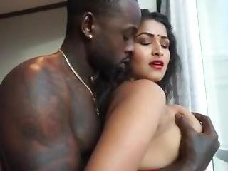 Indian Aunty Fucks With West Indies Black Cock
