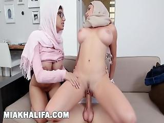 Mia Khalifa   Milf Stepmom Julianna Vega Tries To Pwn Mia%27s Bf