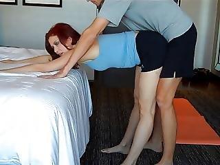 M0ms Yoga Lession