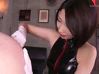 Japanese Latex Gloved Mistress Ass-fingering