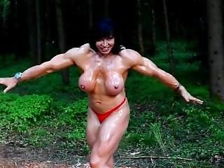 Jana Posing