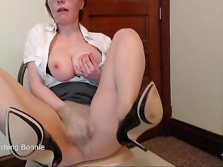 Naughty Secretary Masturbates At Work In Pantyhose