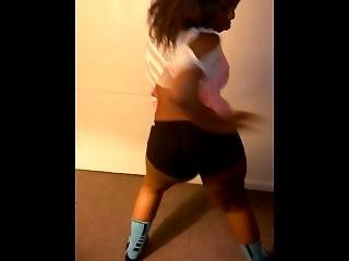 Dancing To Trapkid