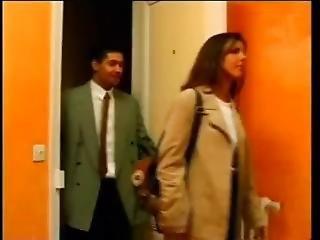 Karen Lancaume Femme Cherche Appartement