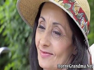 Cock Loving Granny Facial