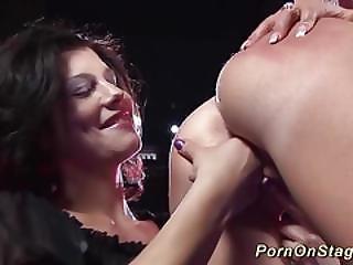 dildo, flessibile, baci, lesbica, in pubblico, reality, provocatoria, voyeur