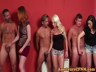 amatør, blond, brunette, cfnm, sæd, handjob, milf