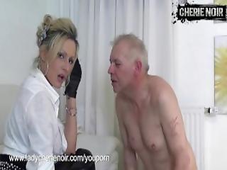 bsdm, femdom, guanti, pelle, schiava
