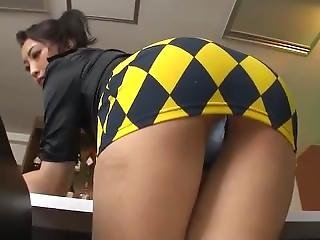 Sexy Japanese Milf In Tight Too Short Miniskirt ! Upskirt Shame On Her ! 7