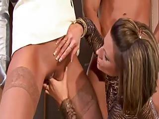 zolotoy-dozhd-v-kontakte-porno