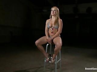 Lea Lexis-bgb