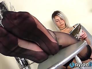 Musta Porno suihkussa