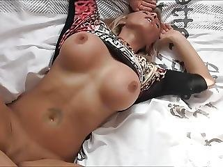 Samira Fucked On Her Waterbed