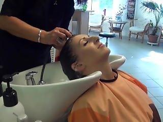 Jowita Backward Shampooing