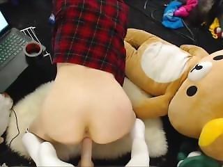 Horny Young Teen Camgirl Fucks And Sucks A Dildo
