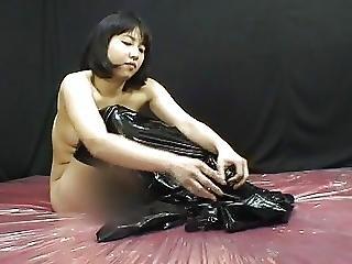 Aasialainen, Kissa-asu, Japanilainen, Latex