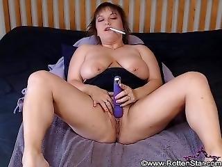 Smoking Alhana - Vibrating Nicotine Pleasure - Rottenstar Vintage - Bonus