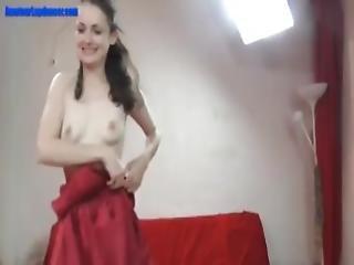 amatør, bitch, blowjob, brunette, cowgirl, sæd, sædshot, deepthroat, fjæsfuckning, kneppe, liderlig, naturlig, naturlige bryster, ridning, små bryster, strip tease, stripper, sutter, drilleri