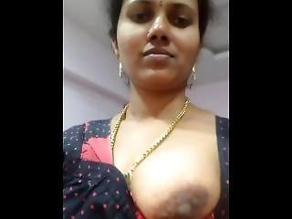 Indian Aunty Big Tits Show