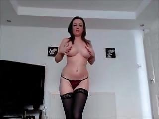 Teen Bitch Jol On Adultlovedating.com