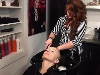 Lydia Backward Shampooing
