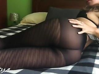 Hot & Sexy Brunette Teen In See-through Pantyhose Expose Her Ass Sensually!