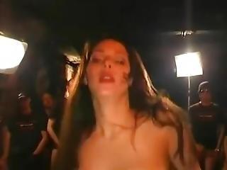 Triple G Ho Victoria Gets A 20 Man Train Run On Her