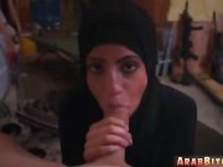 arabe, première fois, française, branlette, petite, fine, uniforme