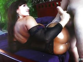 Big Tits And Long Hair Making Her A Popular Anal Model