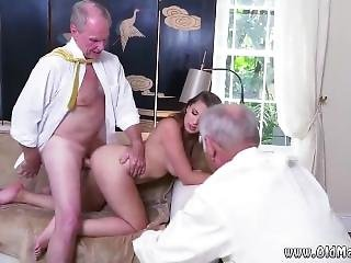 Hot Crossdresser Blowjob And Big Black Booty White Cock Ivy Impresses
