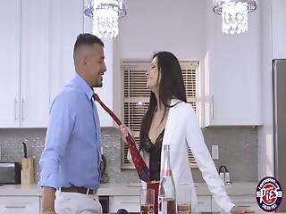 Business Lady Alexis Filled Her Pussy With Cum In The Kitchen