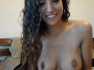 Cute Amateur Webcam Model Free On Luxporn.net