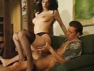 Ilona Reine Du Sex