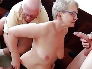 amatoriale, nonnina, matura, milf, tette cadenti, giovane
