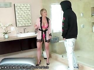 Nurumassage Tailed Friend�s Mom 2 Work & She Massaged My Dick