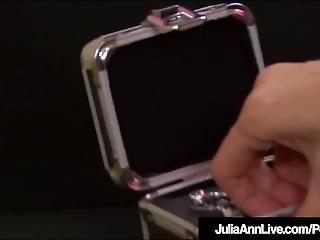 Pussy Rubbing Milf Julia Ann Clamps Nipples While She Bates!