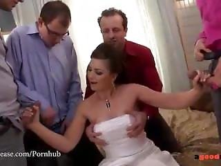 Fresh Marveloos Bride Blows All Her Groomsmen