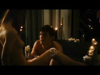 Ashton Kutcher - Sex Scenes/nude/bulge