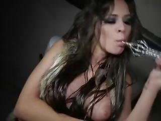 Smoking Hookah Nina