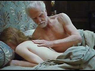 Sleeping Beauty - Emily Browning 2