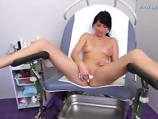 Gyno Claudia Medical Fetish