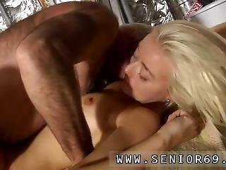 Teen Solo Finger Webcam First Time Gorgeous Platinum-blonde Tina Is Very