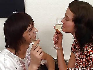 Lad And Angel Gulp Champagne