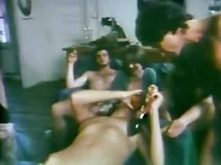 Strange Family 1977