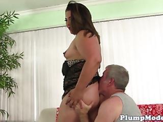 Fat bella bangz rides a fucking machine - 1 part 9