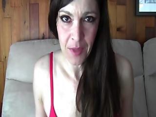 Taboo Mom Natasha - A Bun In Mum